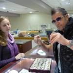 Catalin Botezatu poarta bijuterii Kabbalah care sa-i aduca noroc in dragoste
